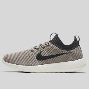 on sale d0f59 8ccef Image is loading Nike-W-Roshe-Two-Flyknit-V2-917688-002-