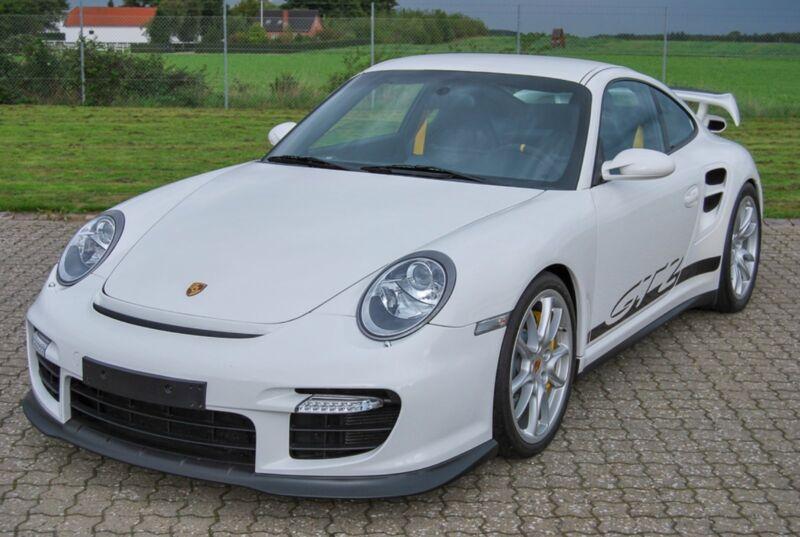 Porsche 911 GT2 Coupé - 3