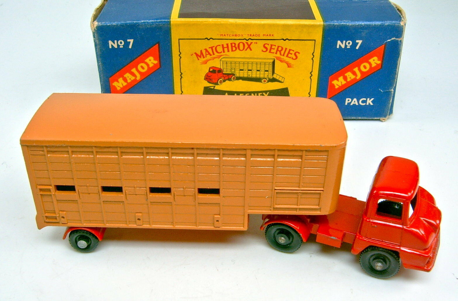 Major Major Major pack m7a cattle truck rouge/d 'marron noire roues fin profil dans Box | Belle En Couleurs  | Pas Cher  | En Gros  ccb38c