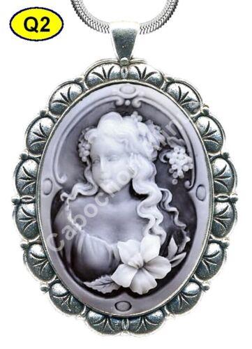 Collier Pendentif Médaillon Camée 30 x 40 mm+Cordon noir 70 cm neuf.