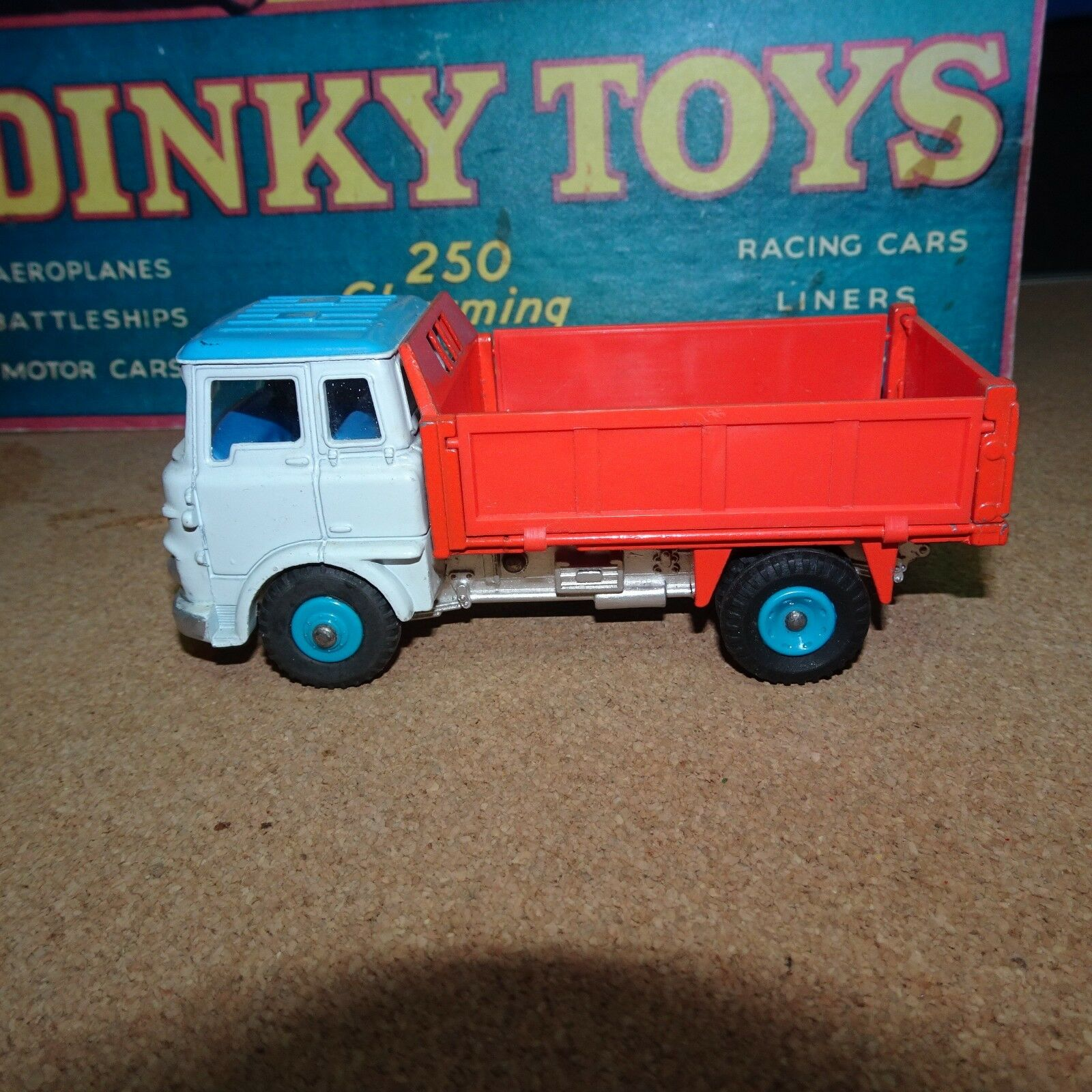 Dinky  435 Bedford TK Tipper - Mint  Price rougeuced