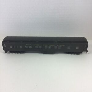 HO-Athearn-New-York-Central-Standard-Coach-910-Riveted-Side-Black