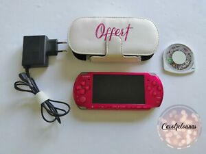 Sony PlayStation PSP 3004 Console de Jeu Portable Rouge Radiant Red + Chargeur