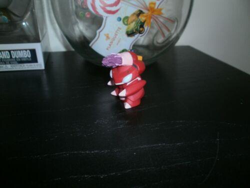 Figure GENESECT Hauteur= 4,5cm Officielle de marque Bandai Figurine POKEMON
