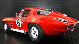 1965-Corvette-1-Chevrolet-Built-16-Sport-25-Race-20-Car-24-Vintage-18-Model-12
