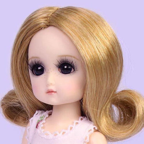 Ruby Red Galleria BJD StrawBerina Ash Blonde Wig Only
