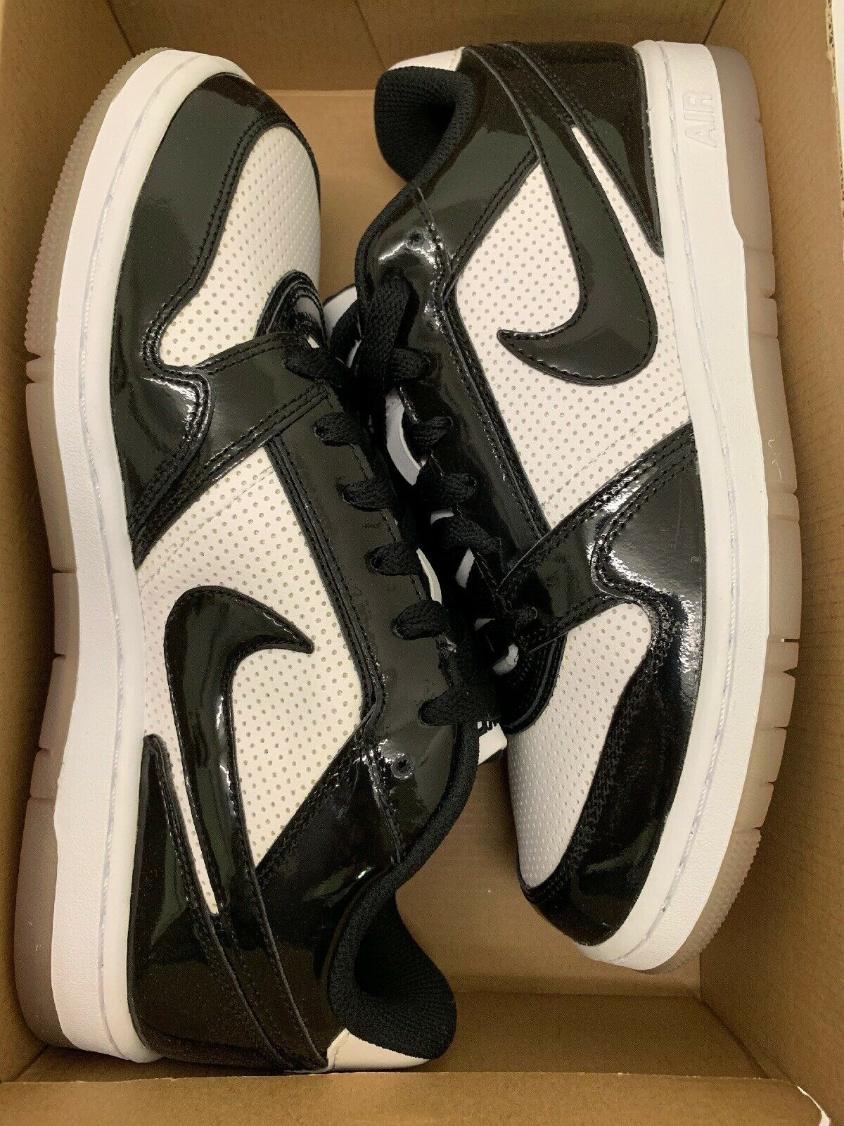 Nike air prestige III SI PREMIUM size 8 New In Box