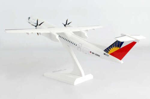 Skymarks SKR927 Philippines Bombardier Dash 8 Q400 Desk Top Model 1//100 Airplane