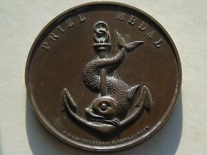 Victorian prix médaille avec poisson et ancre, Queens imprimantes Bateau Club, 48 mm 56.38 G