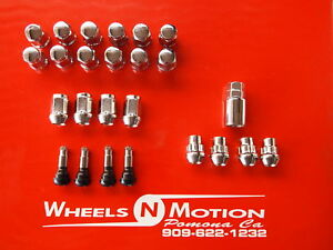 1-2-INCH-LUG-NUTS-AND-LOCK-KIT-CHROME-20pc-kit