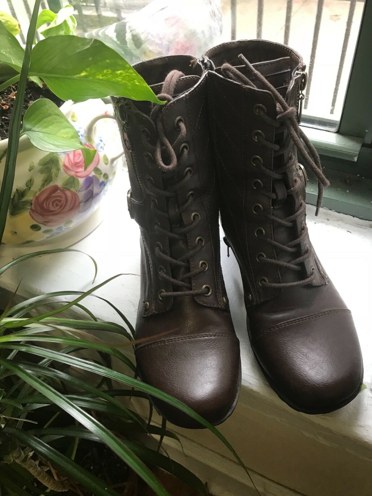 Womens Combat Guess Boots Lace Up Zipper New Women Fashion Boot shoes 7.5 size