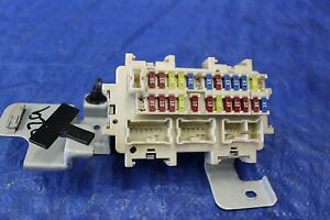 2009 09 nissan gtr r35 awd oem factory interior junction fuse box Nissan Gtr Alpha 12 image is loading 2009 09 nissan gtr r35 awd oem factory