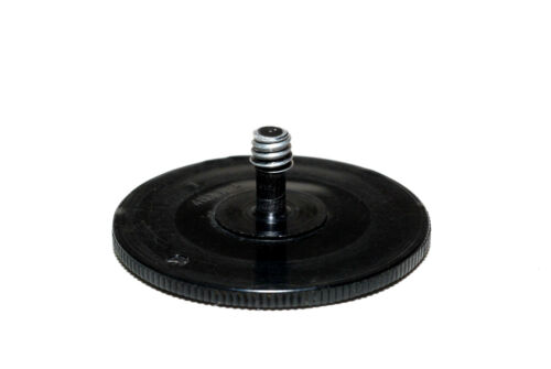Cámara plana tornillo de 1//4 pulgadas 12mm de largo-sólo 7,4g ligeramente usado