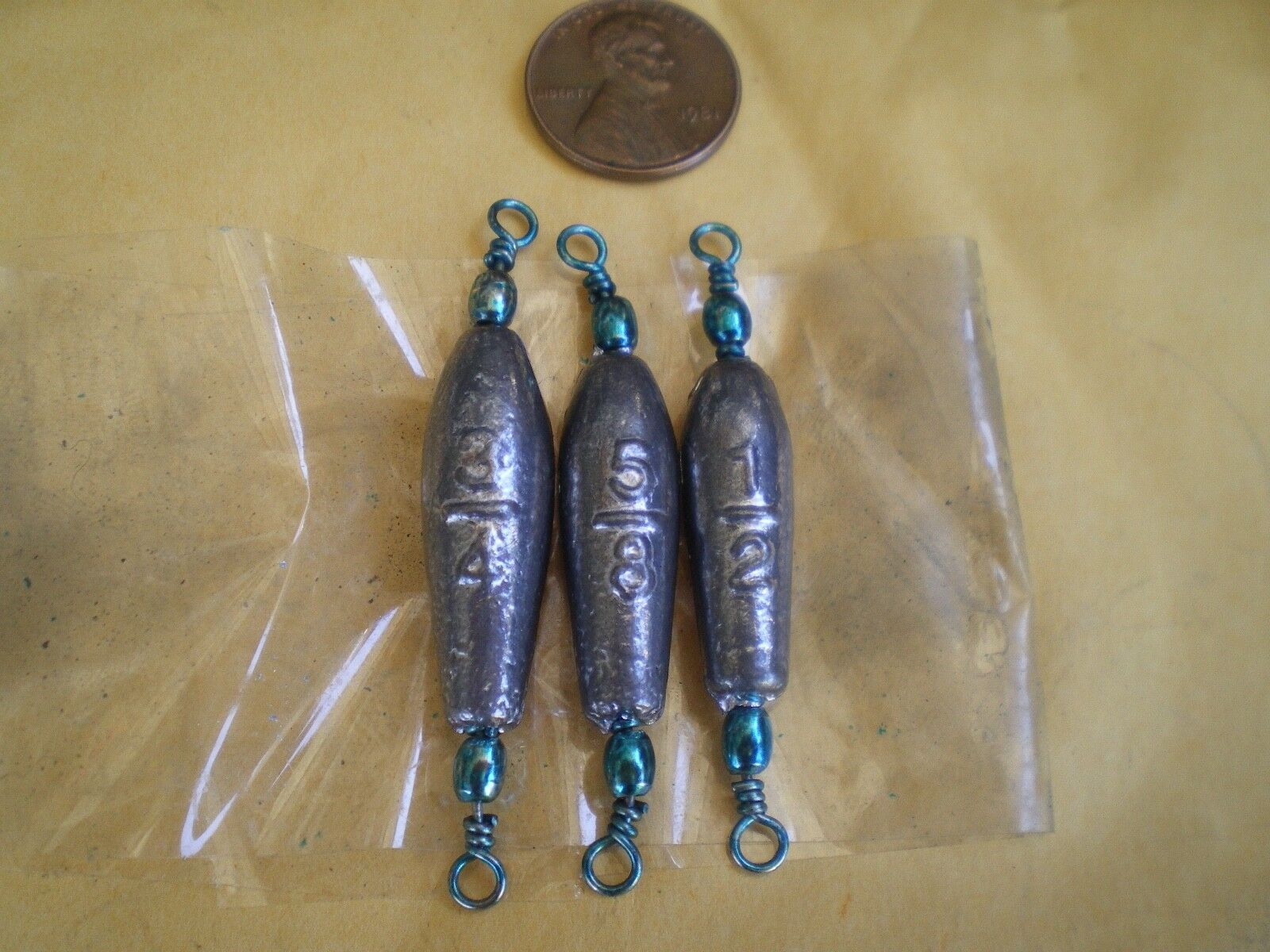 90 PCS. TROLLING SINKER W TURQUOISE BARREL SWIVEL 3 4, 5 8, 1 2 OZ. 30 EACH.