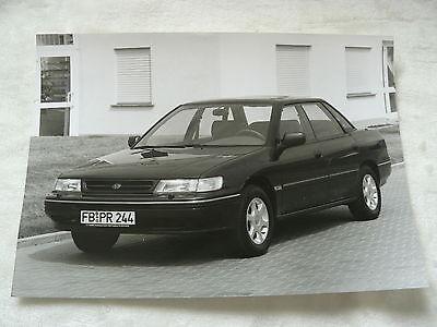 Presse-foto Werkfoto Press Photo 09.1993 Subaru Legacy Vornehm S0002