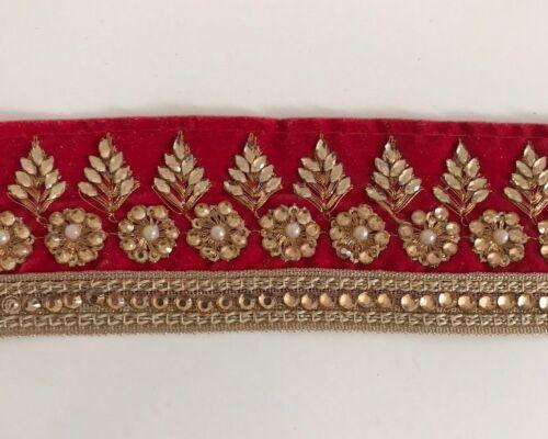 Hilo de oro indio /& Cristales De Flores Bordado en Rojo Valour Recortar//Encaje 1 Mtr