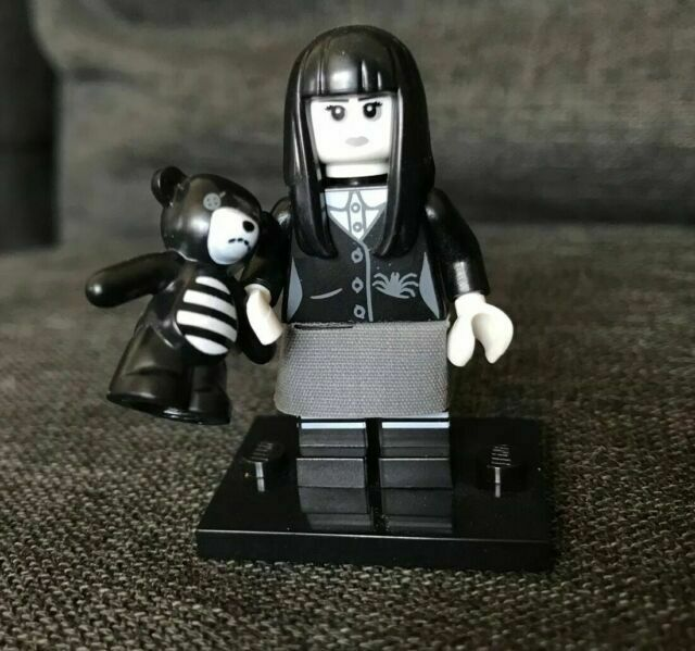 Mini Fig Collection Series 12 Spooky Goth Girl LEGO Complete Set