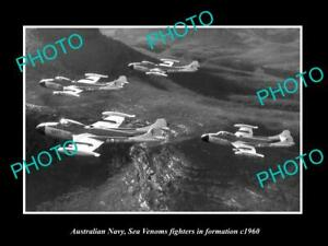 OLD-POSTCARD-SIZE-PHOTO-AUSTRALIAN-NAVY-SEA-VENOM-FIGHTERS-IN-FORMATION-c1960