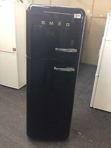 Smeg-Left-Hand-Hinge-FAB30LFN-70-30-Fridge-Freezer-Black-A-Rated-147295