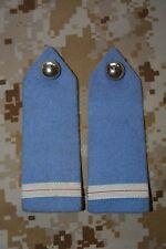 E017 passant pattes d'épaule épaulettes fourreaux insigne militaire armée galon