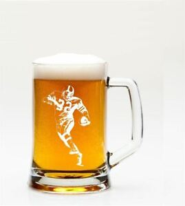 AMERICAN-FOOTBALLER-MOTIF-1PT-GLASS-TANKARD