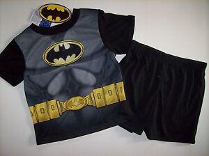 Batman Pajamas Sleepwear 2pc Short Set Boys Sz 2Toddler  NWT