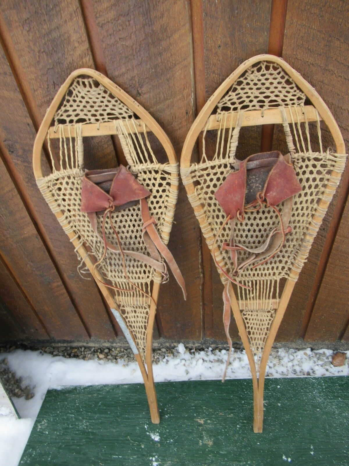 VERY OLD Snowschuhe 37  Long x 11  Wide Hand Made w  Binding Great for DECORATION
