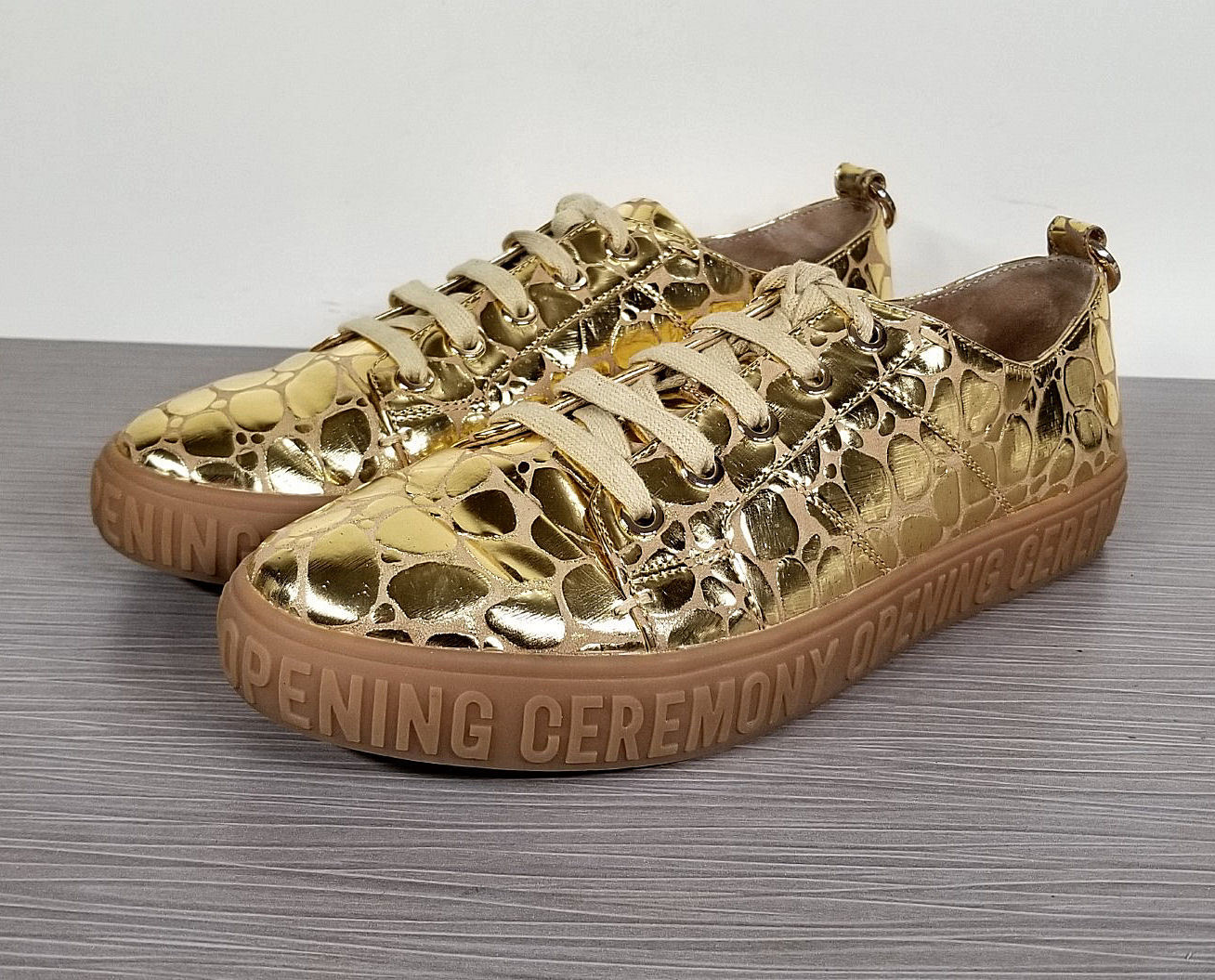 Opening Ceremony Mina Logo Sneaker, gold Leather, Womens Size 8.5   39