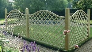 Trellis panels with shaped top Santiago Wave Diamond Lattice 120cm