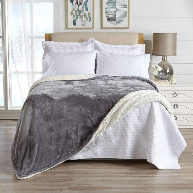 Mm Lounge Soft Velvet Reversible Throw Blanket 60 X 70 Atlas Blue And White N For Sale Online Ebay