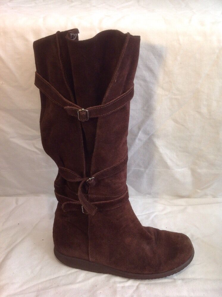 Ladies Brown Knee High Suede Boots Size 3.5