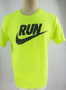 nike t shirt yellow Shop Clothing