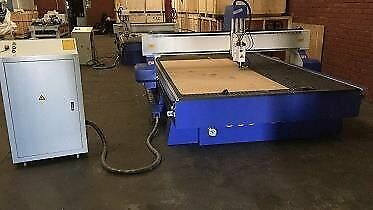 WOOD CUTTING CNC ROUTER 2m x 3m 6KW