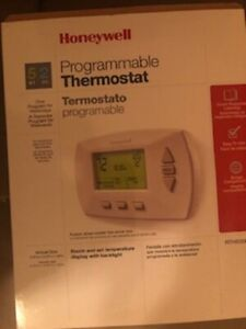 Honeywell-7-Day-Programmable-Thermostat-RTH7500D