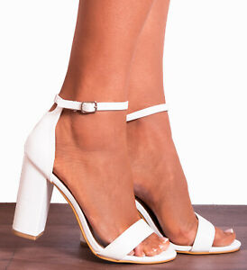 SHOE CLOSET NUDE PATENT PEEP TOES BLOCK HIGH HEELED HEELS STRAPPY SANDALS SIZE
