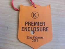 22/02/2002 Kempton Park Races - Horse Racing Badge (good condition with no appar