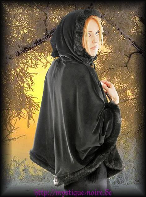 Gothic Mittelalter Samt Cape Fake Fur Kapuze Glöckchen Steampunk Lolita Russian