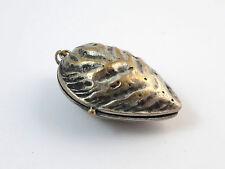 Rare ancienne boite pendentif reliquaire amande metal argenté XIXe