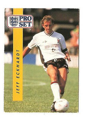 C364 Malcolm MacDonald Fulham #228 Pro Set Football 1991-2 Trade Card