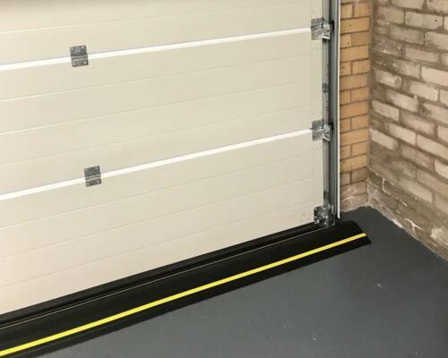 "Garadry 2/"" /'GARADAM/' Garage Door Threshold Seal Kit"