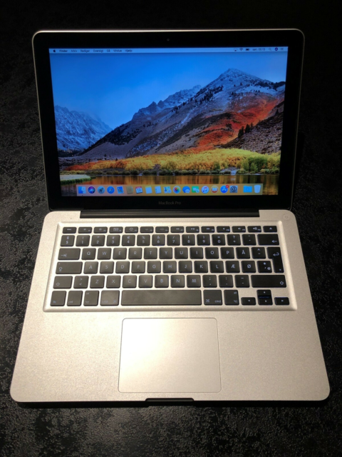MacBook Pro, 2,3 GHz, 4 GB ram, 320 GB harddisk, God,…