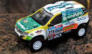 Renault-Duster-2015-Dakar-Rare-Diecast-Scale-1-43-New-With-Magazine-amp-Stand