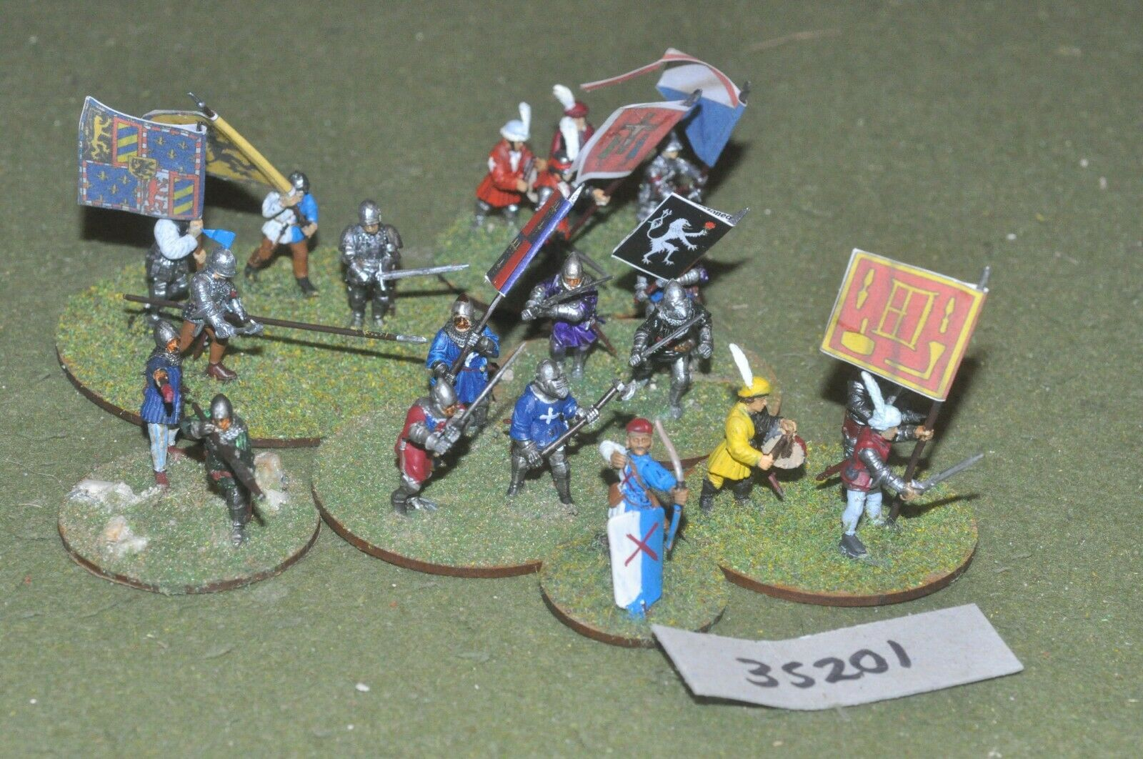 25mm medieval   burgundian - men at arms (plastic) 20 figures - inf (35201)