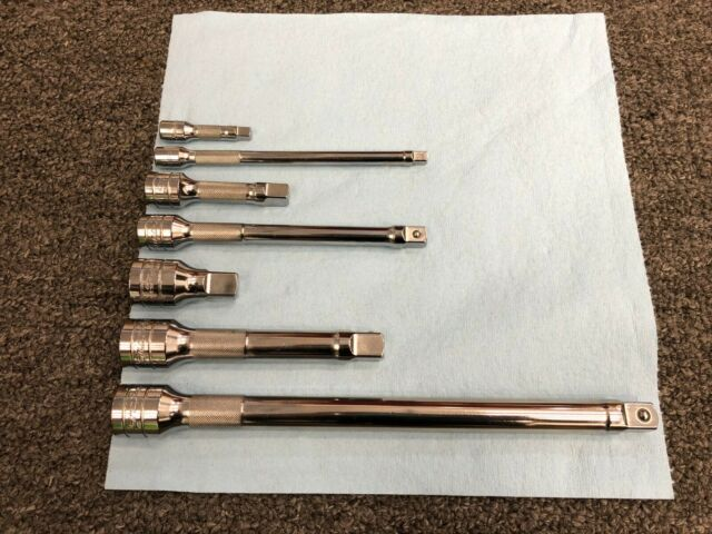 Snap On Tools 211YFSSY206 3//8 Drive Sockets SAE 1//4-7//8 /& Wobble Extension Set