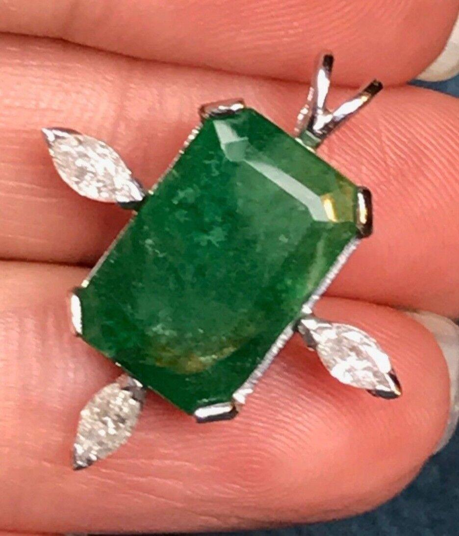 14K White gold 14 Ct Emerald & 0.4 TCW Diamond Pendant. Large 1  & 4g--K1L4L9