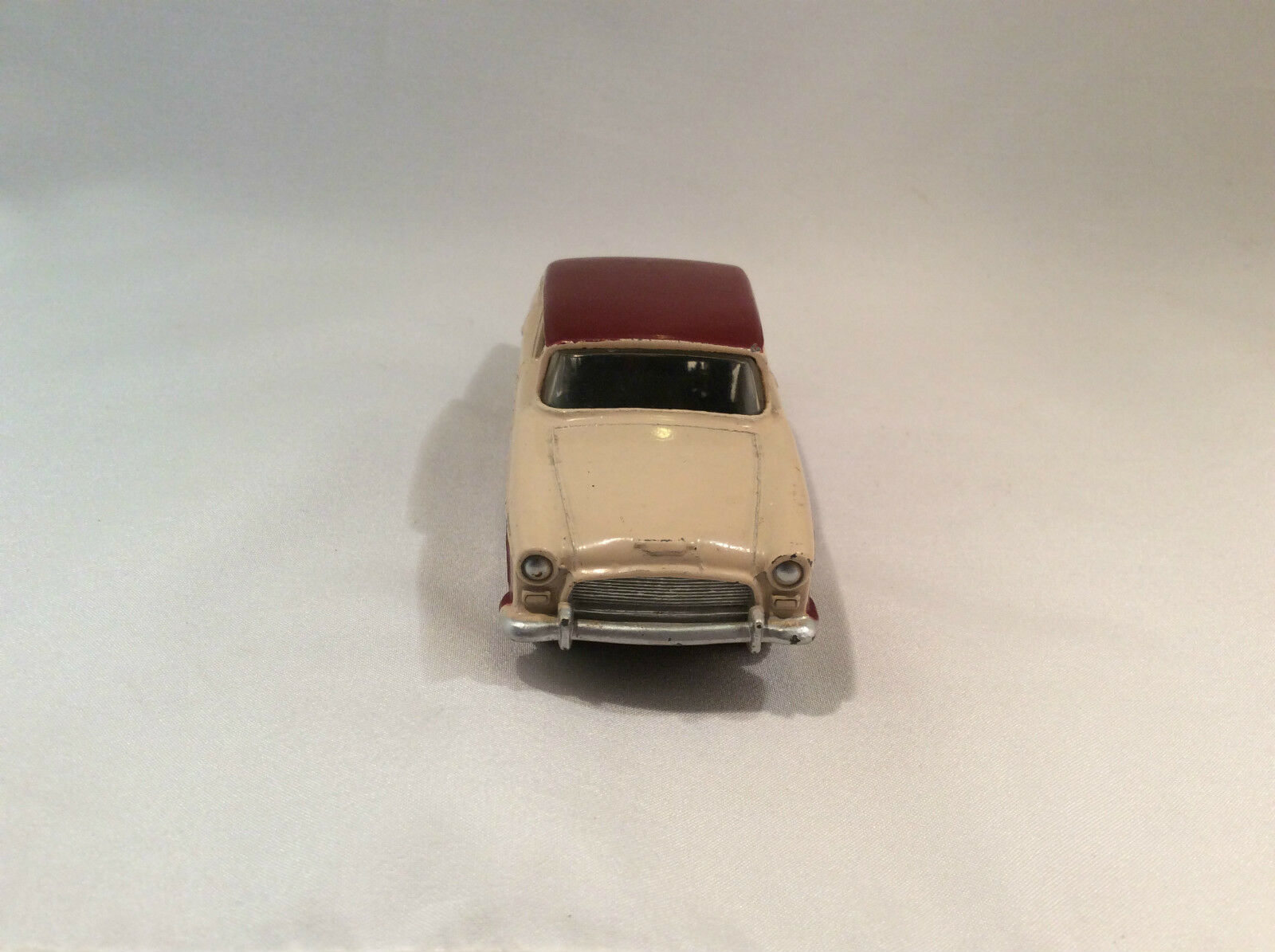 Dinky toys toys toys  no. 165 Humber Hawk 41dd29