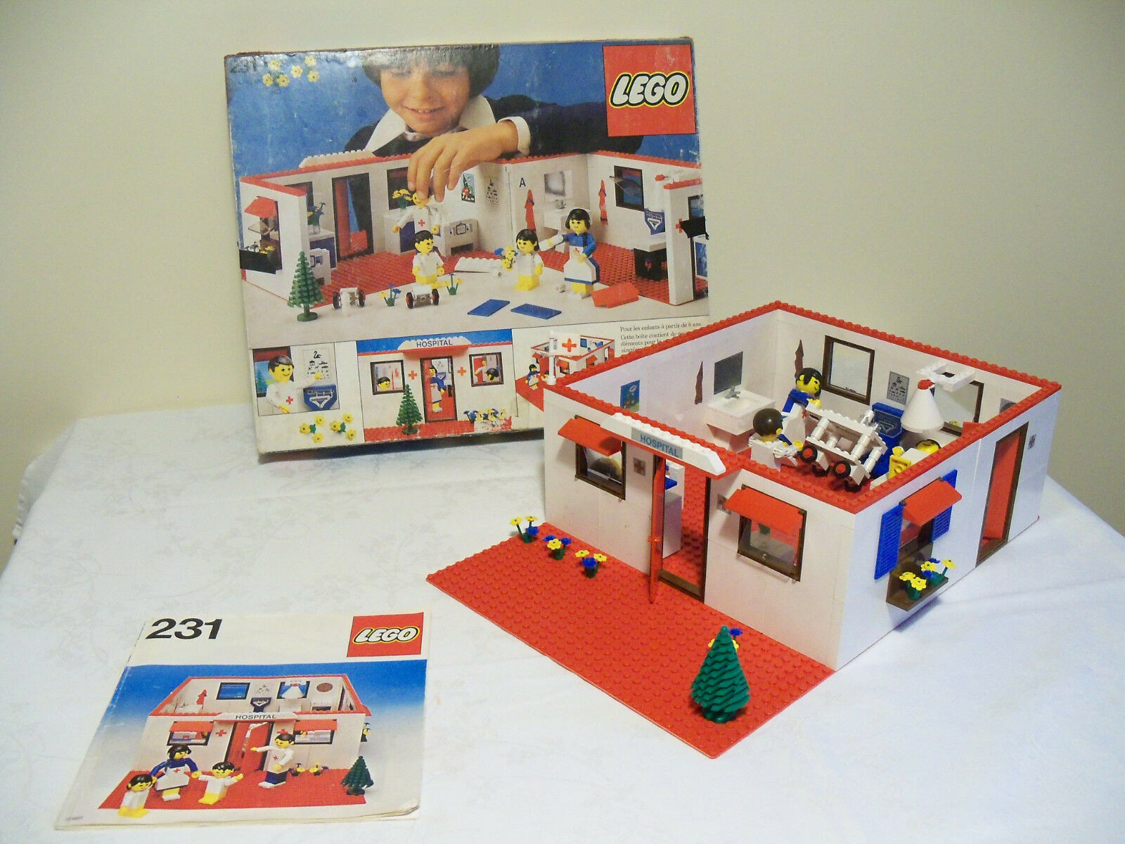 Ancien set Légo N°231   Hospital   année 1978 ( Rare )