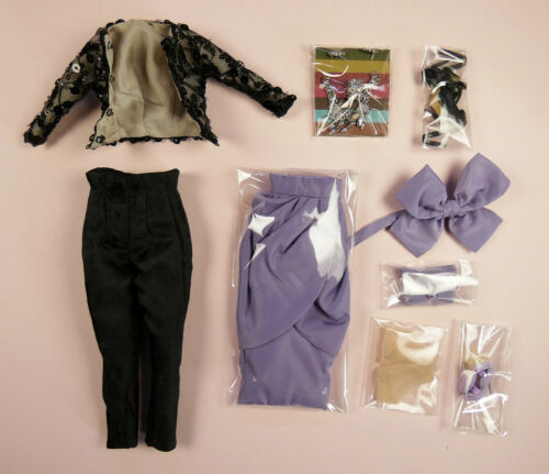 """COMPLETE OUTFIT 12-1//2/"""" EAST 59 LINE DRAMATIC EVENING VICTOIRE ROUX"""