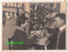 Schönes Foto junges Ehepaar unterm geschmückten Christbaum um 1930 ! (F972