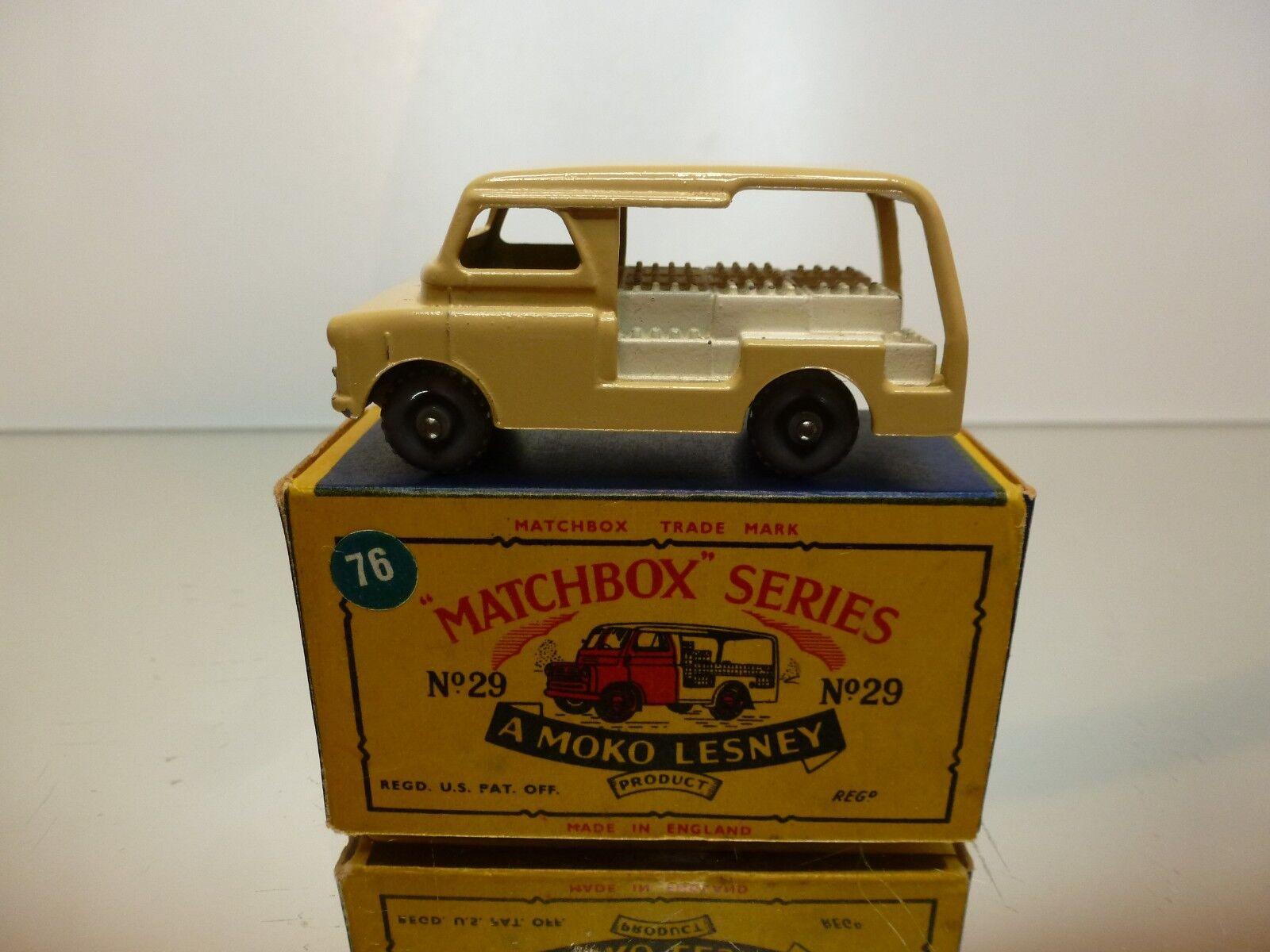 LESNEY MOKO MATCHBOX 29 BEDFORD MILK VAN - CREAM marron - EXCELLENT  IN BOX